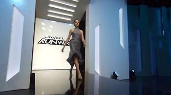 Project Runway Signature Style Sweepstakes TV Spot, 'Hallmark Signature' - Thumbnail 1