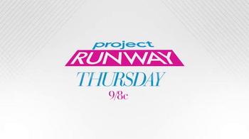 Project Runway Signature Style Sweepstakes TV Spot, 'Hallmark Signature' - Thumbnail 8