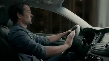 Hyundai Tucson TV Spot, 'Acto heroico' [Spanish] - Thumbnail 4
