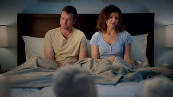 Serta Perfect Sleeper TV Spot, 'Text Breakup' - Thumbnail 3
