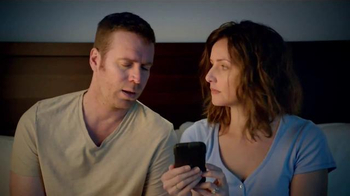 Serta Perfect Sleeper TV Spot, 'Text Breakup' - Thumbnail 6