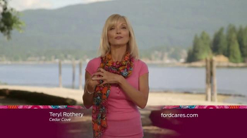 Ford Warriors in Pink TV Spot, 'Cedar Cove: Scarf' Featuring Teryl Rothery - Thumbnail 2