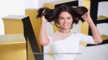 Pantene Pro-V TV Spot, 'Strong is Beautiful' Featuring Selena Gomez - Thumbnail 5