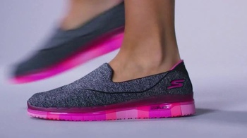 SKECHERS GO FLEX Walk TV Spot, 'Moves With You' - Thumbnail 3