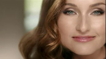 Clairol TV Spot, 'Natural Instinct' Featuring Giada De Laurentiis - Thumbnail 6