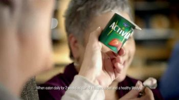 Dannon TV Spot For Activia BFFs Talk Featuring Jamie Lee Curtis - Thumbnail 8