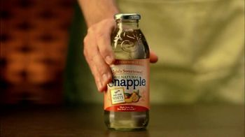 Snapple TV Spot For Lightly Sweetened White Tea - Thumbnail 4