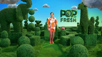 Tide Pods TV Spot, 'Pop Goes the World' Song by Savoir Adore - Thumbnail 6