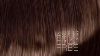 L'Oreal Eversleek Shampoo TV Spot, 'Next-Generation Sleek' Featuring Jennifer Lopez - Thumbnail 9