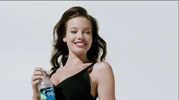 DASANI TV Spot, 'How Do You Twist?' - Thumbnail 10