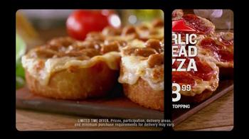 Pizza Hut Garlic Bread Pizza TV Spot, 'Don't Settle' - Thumbnail 10