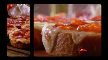 Pizza Hut Garlic Bread Pizza TV Spot, 'Don't Settle' - Thumbnail 4