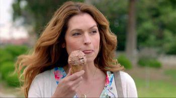Dreyers Slow-Churned Light Ice Cream TV Spot, 'Shopping' - Thumbnail 4
