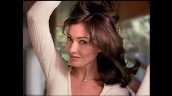 Clairol TV Spot For Root Touch-Up With Liz - Thumbnail 4