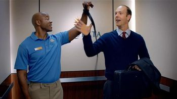 LaQuinta Inns and Suites TV Spot, 'Tip-Top Shape' - Thumbnail 3
