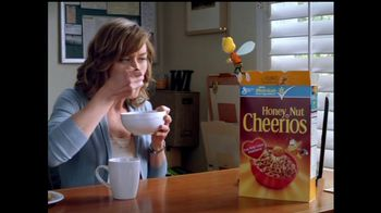 Honey Nut Cheerios TV Spot, 'Insect Wall' - 8282 commercial airings