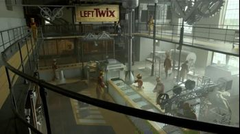 Twix TV Spot, 'Inventors Falling Out' - Thumbnail 3