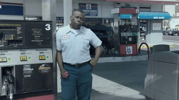 2013 Ford Escape TV Spot, 'The Browns: Gas Station' - Thumbnail 1