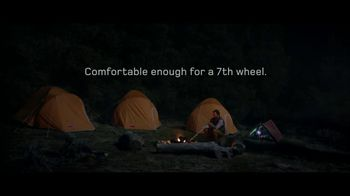 Land Rover LR4 HSE TV Spot, '7th Wheel' - 43 commercial airings