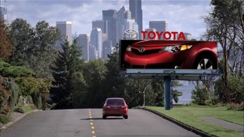 Toyota Summer Sales Drive TV Spot, '2012 Camry and Camry LE' - Thumbnail 2