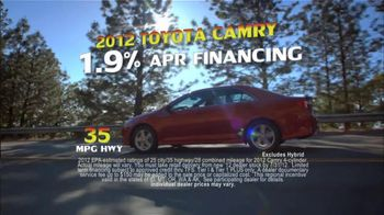 Toyota Summer Sales Drive TV Spot, '2012 Camry and Camry LE' - Thumbnail 4