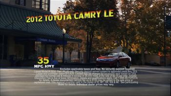 Toyota Summer Sales Drive TV Spot, '2012 Camry and Camry LE' - Thumbnail 5