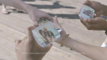 Samsung Galaxy S III TV Spot, 'Pier Photoshoot' - Thumbnail 8