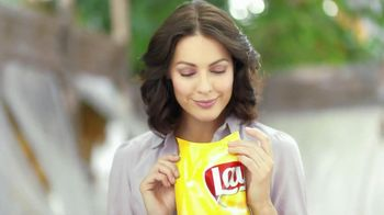 Lay's Original Chips TV Spot, Song by Queen - Thumbnail 4