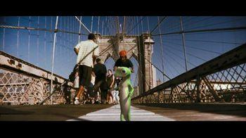 GEICO TV Spot, 'Brooklyn Bridge' - Thumbnail 8