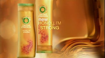 Herbal Essences TV Spot, 'Honey I'm Strong' Featuring Nicole Scherzinger - Thumbnail 2