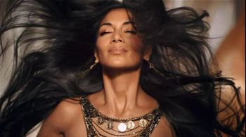 Herbal Essences TV Spot, 'Honey I'm Strong' Featuring Nicole Scherzinger - Thumbnail 7