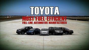 Toyota TV Spot, 'Fuel-Efficient Hybrid Cars' - Thumbnail 4
