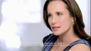 L'Oreal Visible Lift Serum Absolute Makeup TV Spot Feat. Andie MacDowell - Thumbnail 6