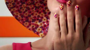 Sally Hansen Salon Effects TV Spots, 'Three Steps' - Thumbnail 3