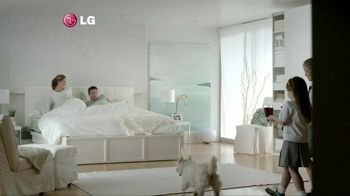 LG Electronics Washer TV Spot, 'Purple Dog' - Thumbnail 1