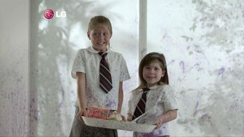 LG Electronics Washer TV Spot, 'Purple Dog' - Thumbnail 5