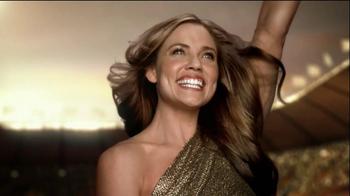 Pantene Daily Moisture Renewal Shampo TV Spot Featuring Natalie Coughlin - Thumbnail 10
