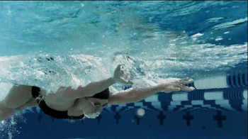 Pantene Daily Moisture Renewal Shampo TV Spot Featuring Natalie Coughlin - Thumbnail 3