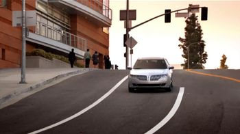 Lincoln MKZ Hybrid Sales Event TV Spot, 'Trading Up' - Thumbnail 3