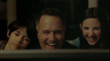 Microsoft Internet Explorer TV Spot, 'Family Moments' - Thumbnail 5