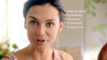 Garnier BB Cream Miracle Skin Perfector TV Spot, 'BB!' - Thumbnail 4
