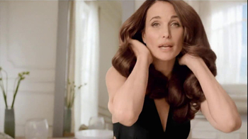 L'Oreal Excellence Color Creme TV Spot, 'Color That Cares' Featuring Andie MacDowell - Thumbnail 10