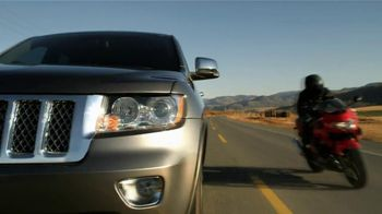 Jeep TV Spot For Grand Cherokee with Adaptive Cruise Control - Thumbnail 7