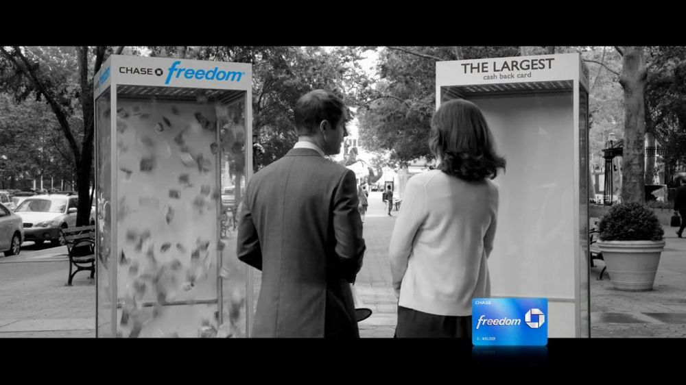 Chase Freedom TV Commercial, 'Cash-Back Money Booth'