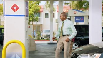 ARCO TV Spot For Accepting Credit Cards Dance Party - Thumbnail 3