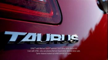 2013 Ford Taurus TV Spot, 'Voice Command' Featuring Carl Edwards - Thumbnail 7