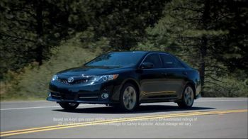 Toyota Summer Sales Drive TV Spot, '2012 Camry' Song by Lindsey Buckingham - Thumbnail 4