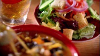 Chili's TV Lunch Break Combos TV Spot, 'Quesadillas and Burger Bites' - Thumbnail 6