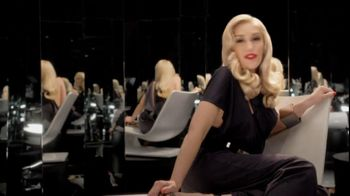 L'Oreal Superior Preference TV Spot Featuring Gwen Stefani - Thumbnail 2
