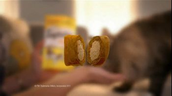 Temptations Cat Treats TV Spot For Leaving Laundry - Thumbnail 5